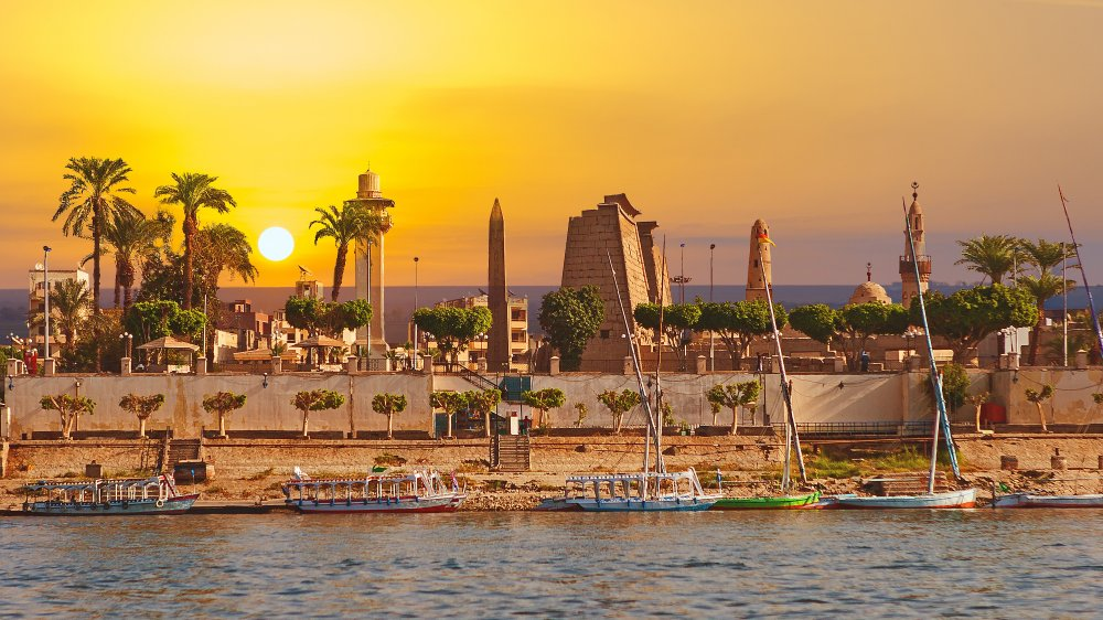 A sunny day along the Nile River at Luxor, Egypt